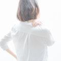 【猫背・巻き肩 まとめ】小胸筋ストレッチで姿勢矯正・たるみ対策・肩こり改善方法・治すには